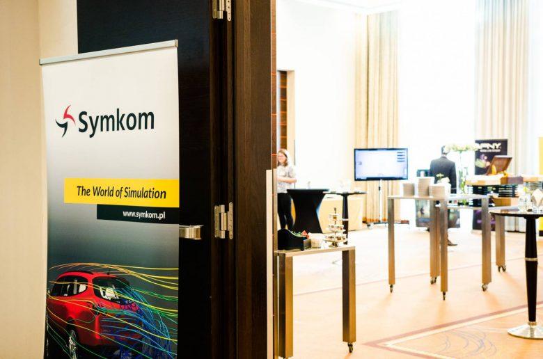 symkom2017-13