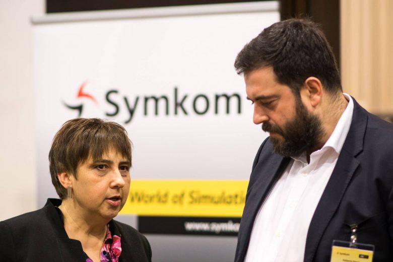 symkom2017-192